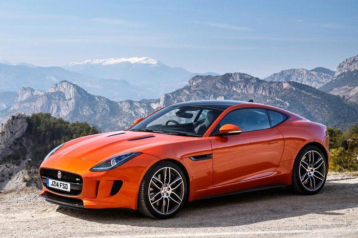 Coupe là dòng xe thể thao có đặc trưng nổi bật dễ nhận thấy nhất là xe chỉ có 2 cửa
