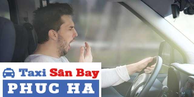 Tài xế buồn ngủ khi lái xe ô tô gây ra rất nhiều nguy hiểm