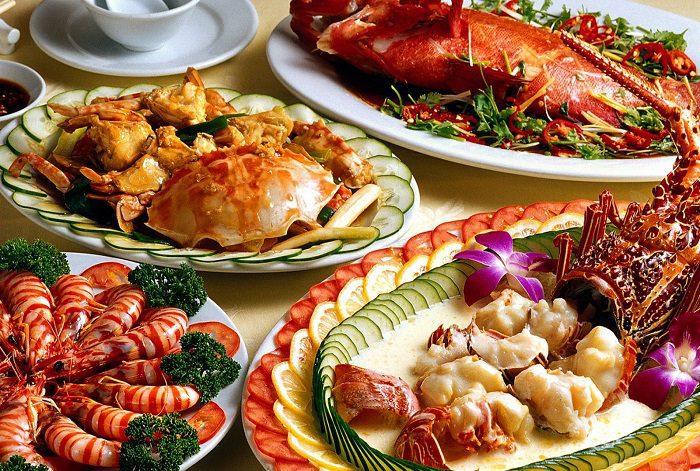 Hải Cảng có thực đơn đa dạng với rất nhiều món ăn cung đình