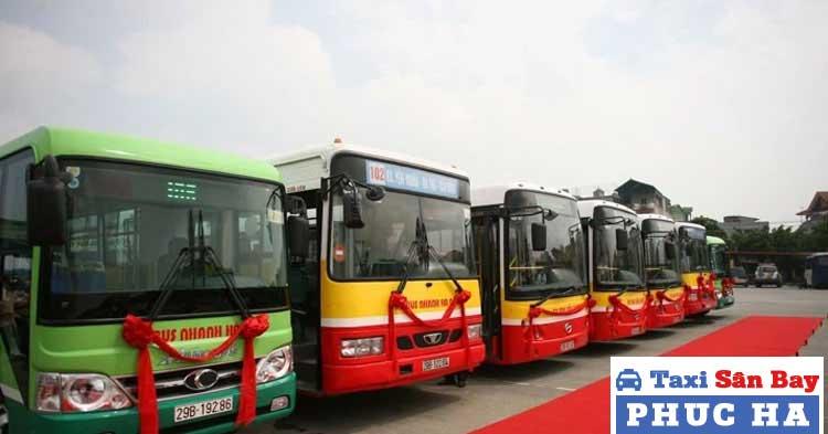 Xe bus đi tới hoặc tới gần chùa Hương