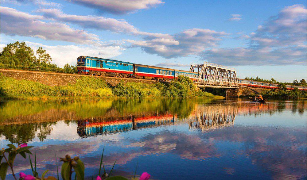 Đến Quảng Bình bằng tàu hỏa (Đường sắt)