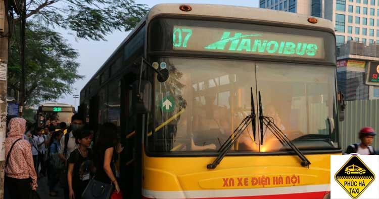Xe bus số 07 (Cầu Giấy – sân bay Nội Bài)