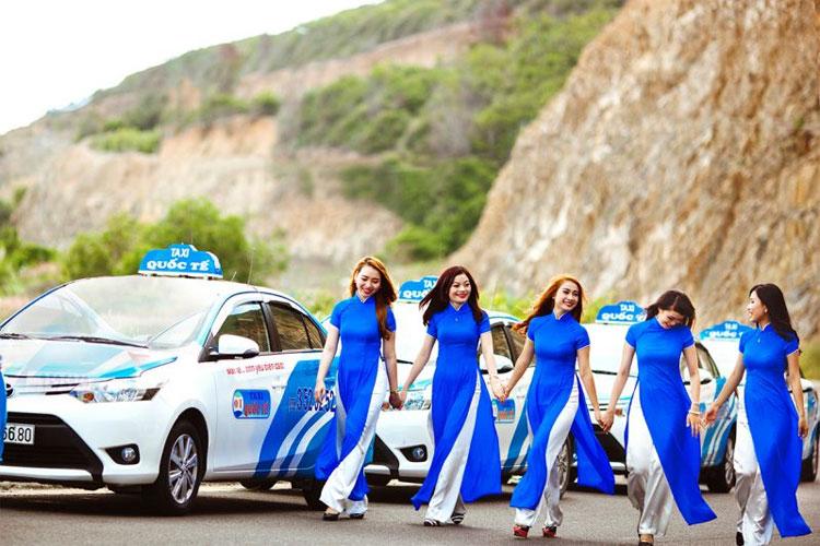 Hãng xe Taxi Quốc Tế