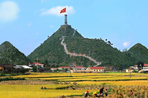 Hướng dẫn gọi xe từ sân bay Nội Bài đi Đồng Văn, Hà Giang