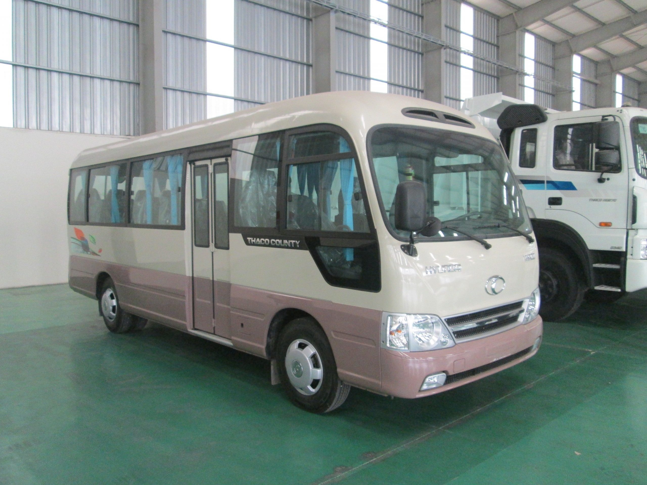Các phương tiện từ sân bay Nội Bài đi Cửa Lò