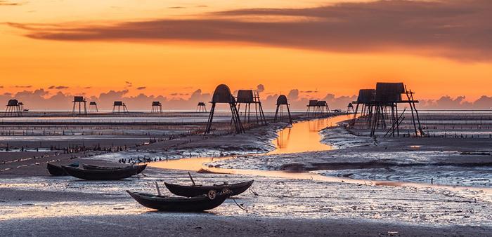 Hướng dẫn gọi xe sân bay Nội Bài đi biển Đồng Châu