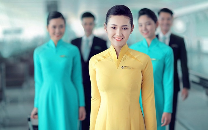 Tiếp viên hàng không của hãng Việt Nam Airlines